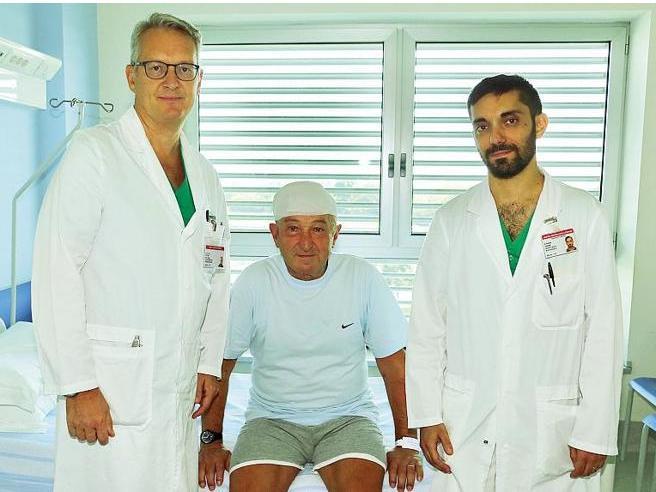 Operazione chirurgica al cervello: paziente ipnotizzato, niente anestesia