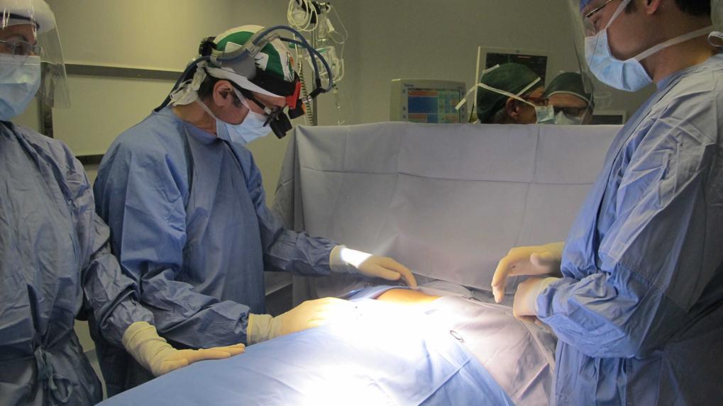 Io, operata con l'ipnosi al posto dell'anestesia. Un taglio di 5 centimetri e nessun dolore